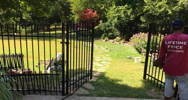 The fence installation companies in Houston