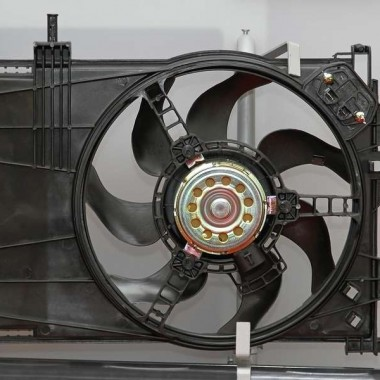 How to oil your fan properly